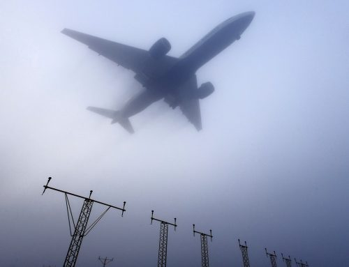 Can a private jet fly in the fog?